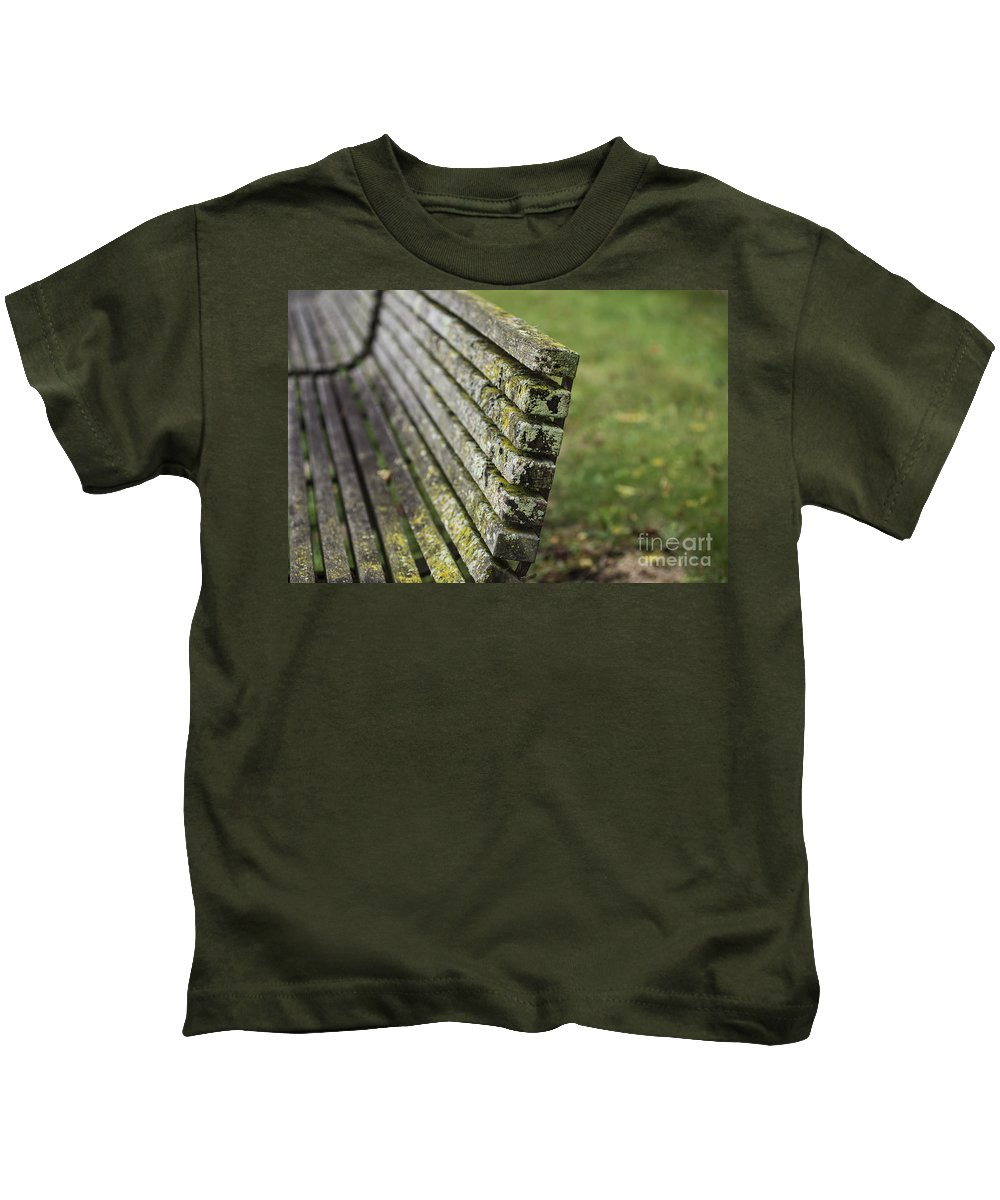 Moss Kids T-Shirt featuring the photograph Mossy Bench by David Bearden