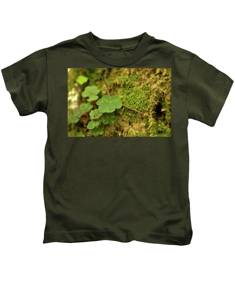 Clover Kids T-Shirt featuring the photograph Natures Tiny Work by Paul Mangold