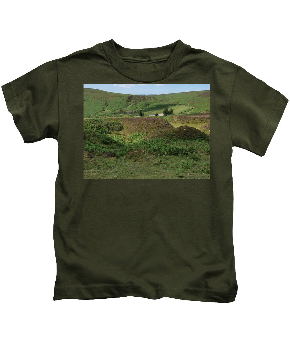 Farmhouse Kids T-Shirt featuring the photograph Nestled In The Valley by Michaela Perryman