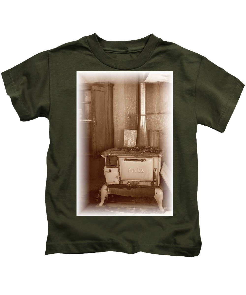 Stove Kids T-Shirt featuring the photograph Not Much Cookin - Unionville Nv by Nelson Strong