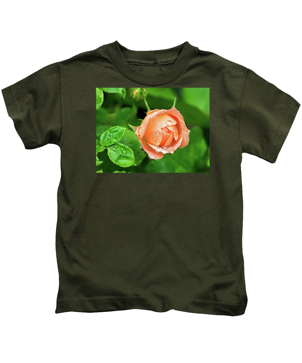 Rose Kids T-Shirt featuring the photograph Peach Rose In The Rain by Susie Peek