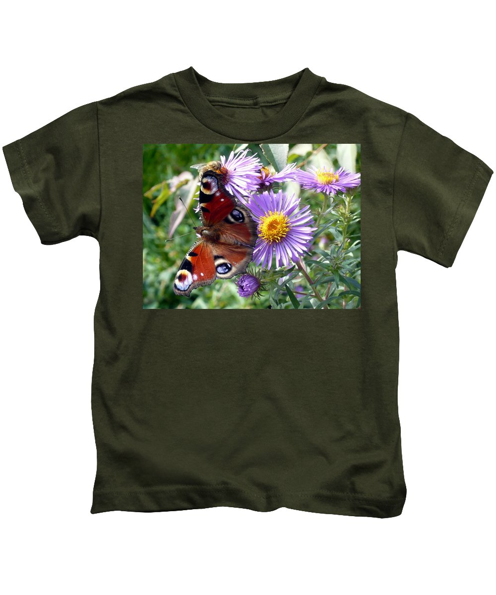 Peacock Kids T-Shirt featuring the photograph Peacock With Bee by Helmut Rottler