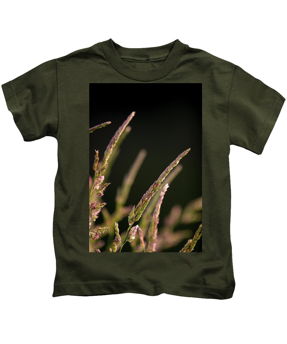 Background Kids T-Shirt featuring the photograph Poster Grass by Alan Look