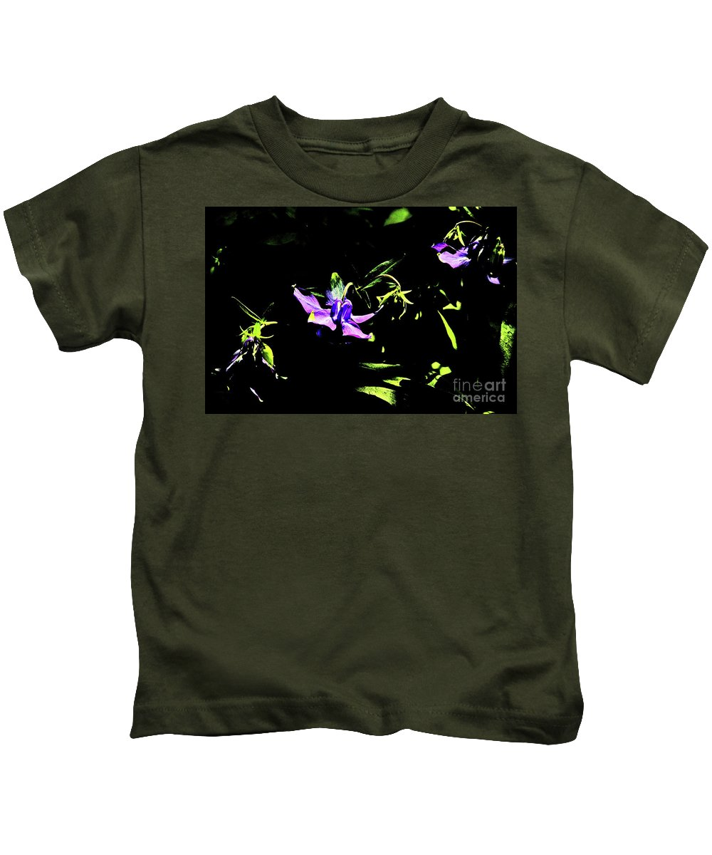 Purple Clematis 4 Kids T-Shirt featuring the photograph Purple Clematis 4 by David Frederick