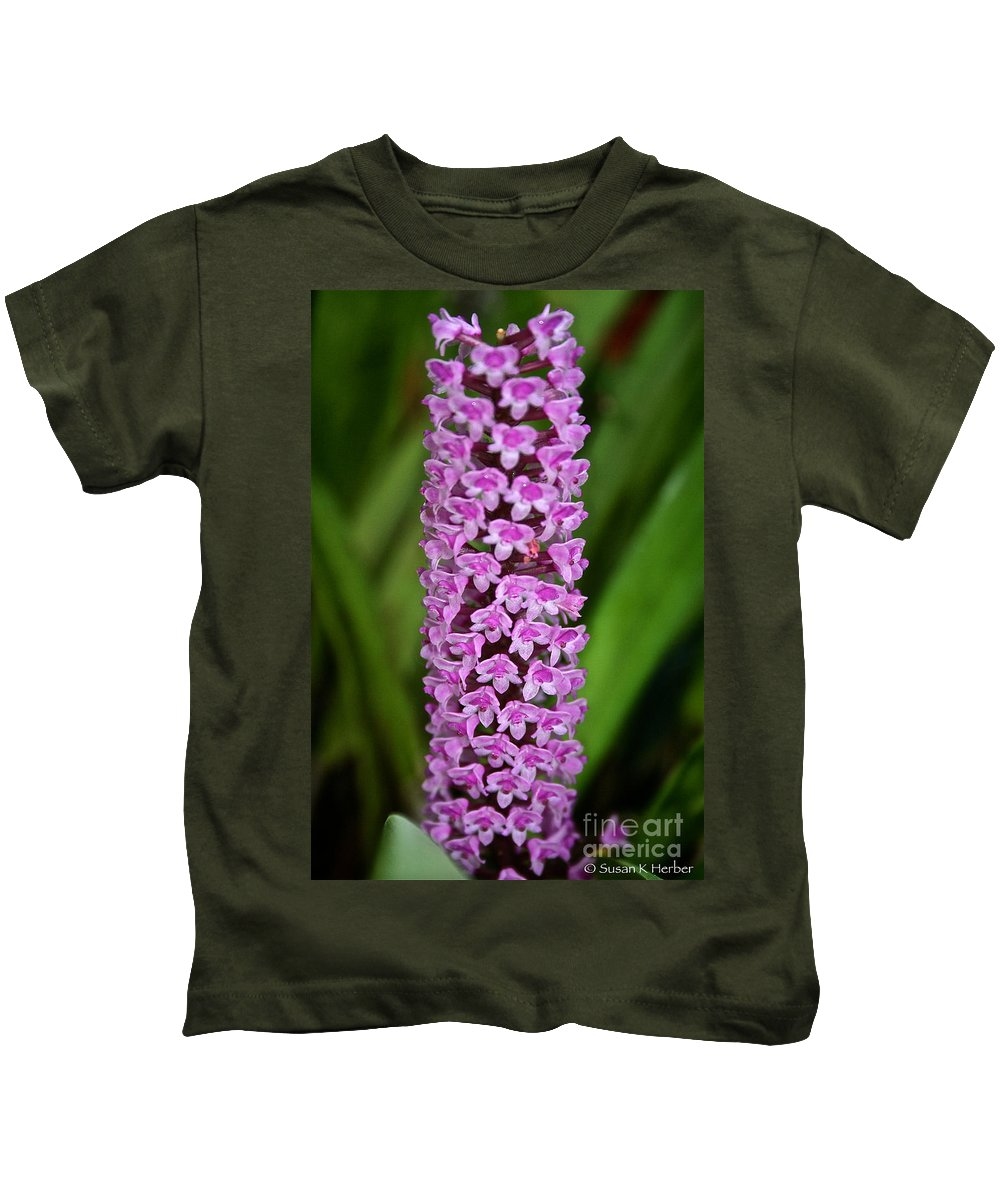 Tropical Plant Kids T-Shirt featuring the photograph Purple Pillar by Susan Herber