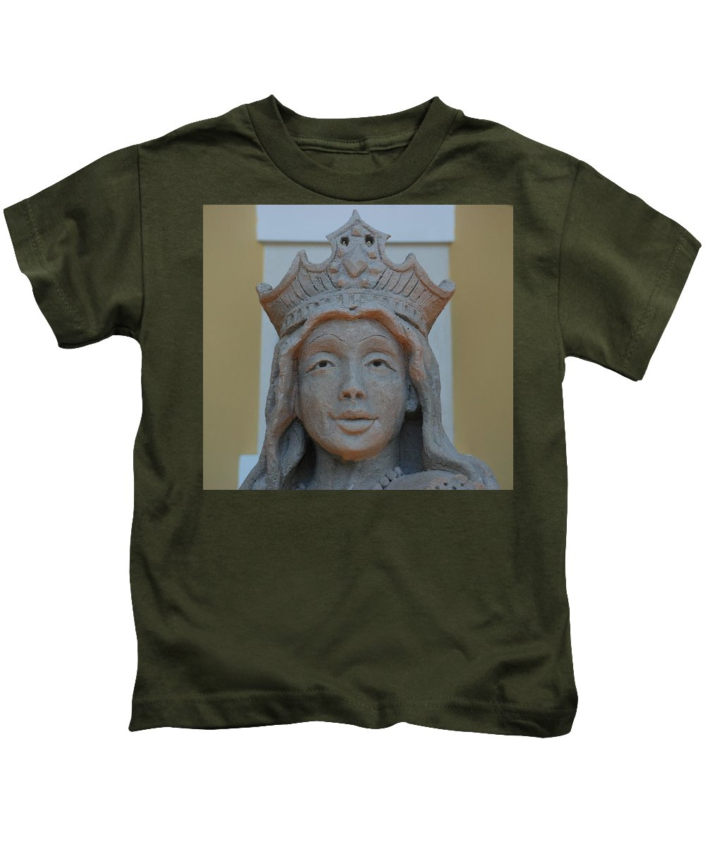Sand Kids T-Shirt featuring the photograph Queen Sandy by Rob Hans