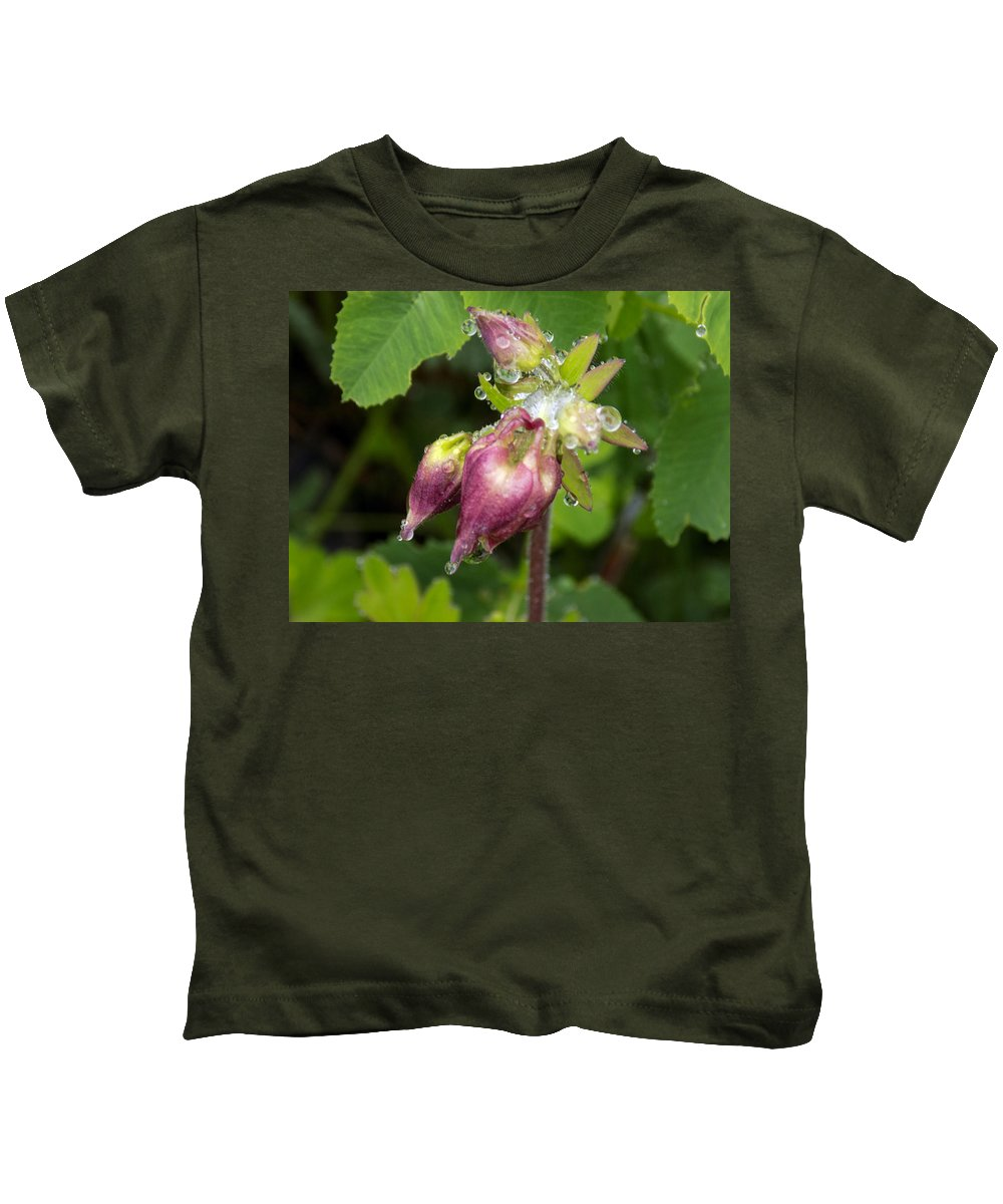 Macro Kids T-Shirt featuring the photograph Rain Soaked by William Tasker