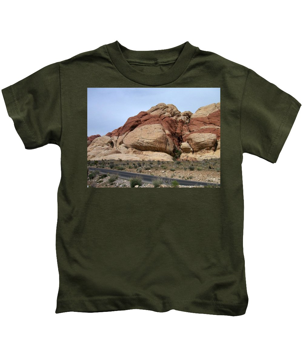 Red Rock Canyon Kids T-Shirt featuring the photograph Red Rock Canyon 2 by Anita Burgermeister