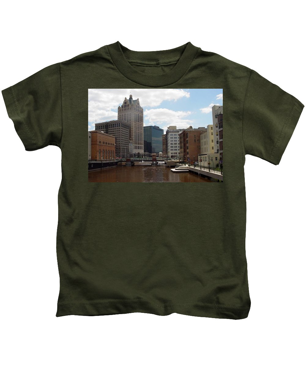Milwaukee Kids T-Shirt featuring the photograph River View by Anita Burgermeister
