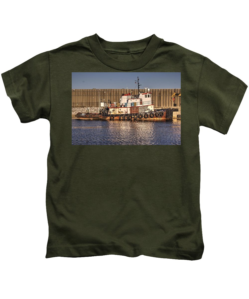 Tugboat Kids T-Shirt featuring the photograph Rusty Old Tug Boat by Paul Lindner