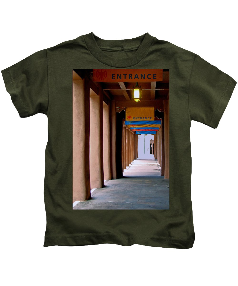 Santa Fe Kids T-Shirt featuring the photograph Santa Fe Sidewalk by Terry Anderson