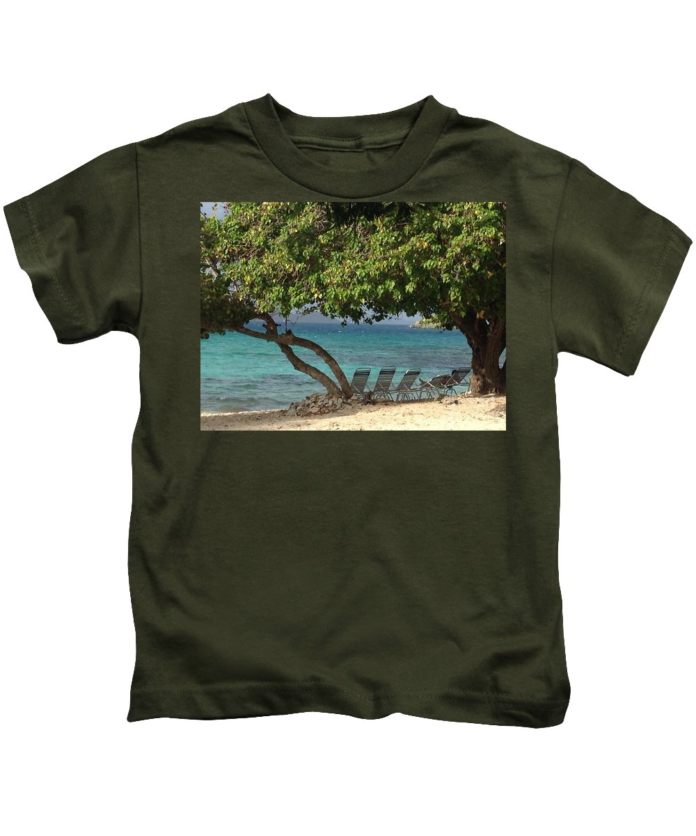 St. Thomas Kids T-Shirt featuring the photograph Save Me A Seat by Gina Sullivan