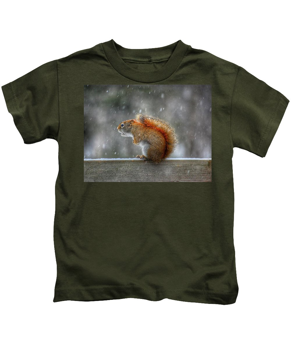 Squirrel Kids T-Shirt featuring the photograph Screaming Squirrel by Twoblueowls Photography