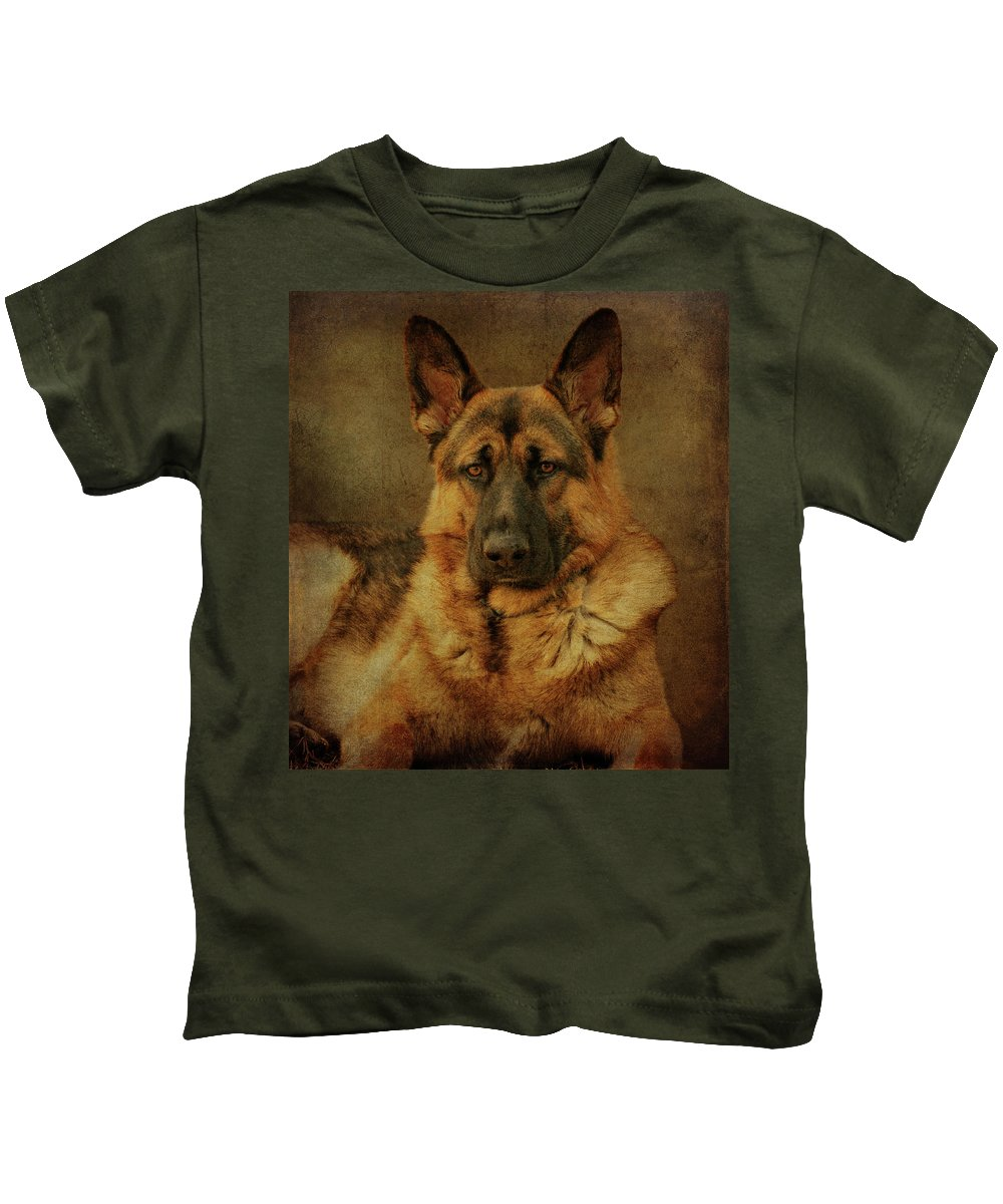 German Shepherd Dog Kids T-Shirt featuring the photograph Serious by Sandy Keeton