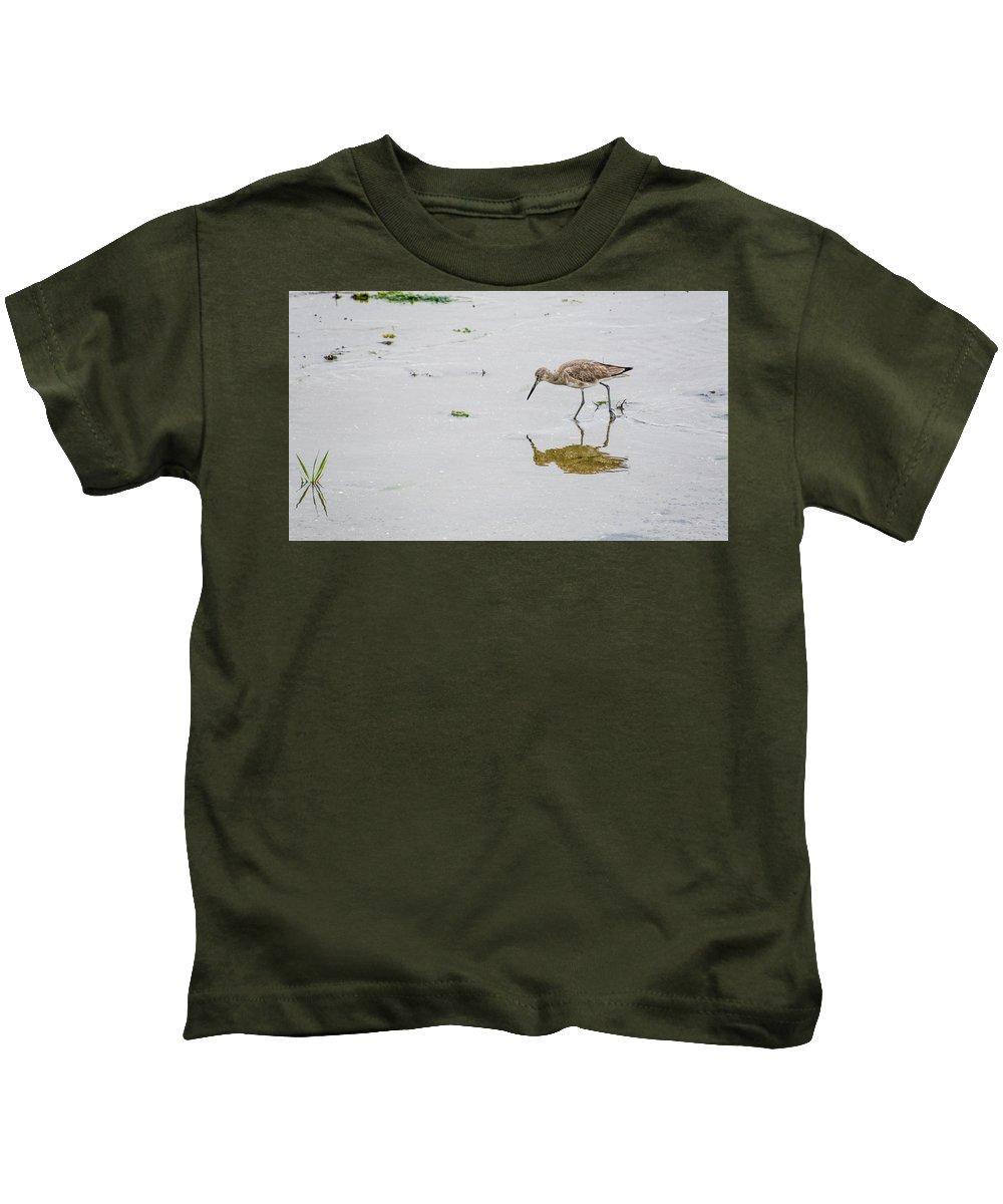 Avian Kids T-Shirt featuring the photograph Short-billed Dowitcher #4 by Tim Bond