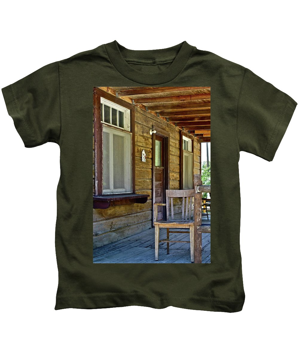 House Kids T-Shirt featuring the photograph Sit A Spell by Diana Hatcher