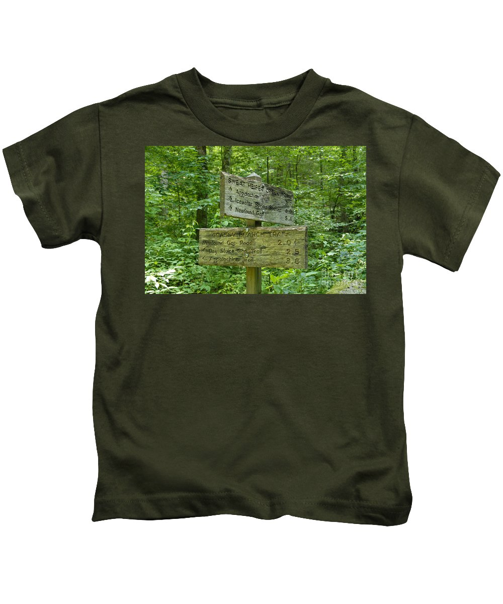 Smoky Mountain National Park Kids T-Shirt featuring the photograph Smoky Mountain Directional by David Lee Thompson