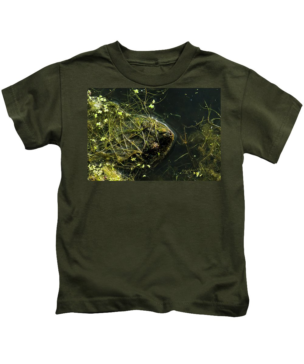 Snapping Turtle Kids T-Shirt featuring the photograph Snapping Turtle Head by Edward Peterson