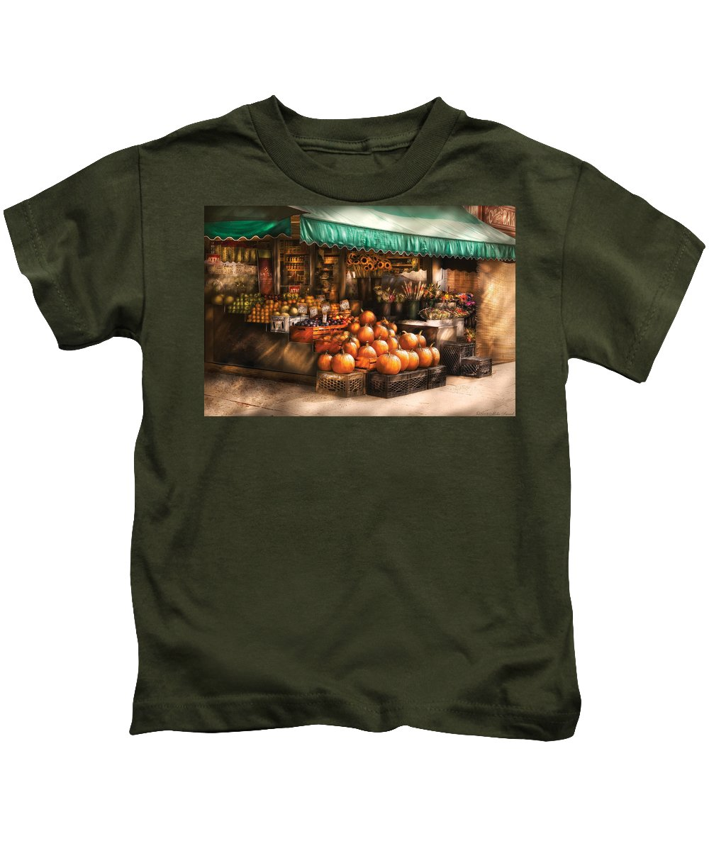 Hoboken Kids T-Shirt featuring the photograph Store - Hoboken Nj - The Fruit Market by Mike Savad