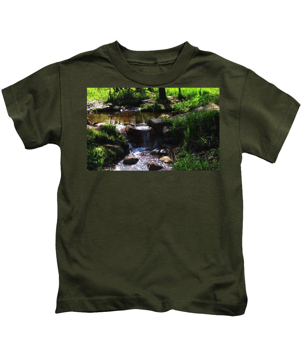 Stream Kids T-Shirt featuring the digital art Stream by Dorothy Binder
