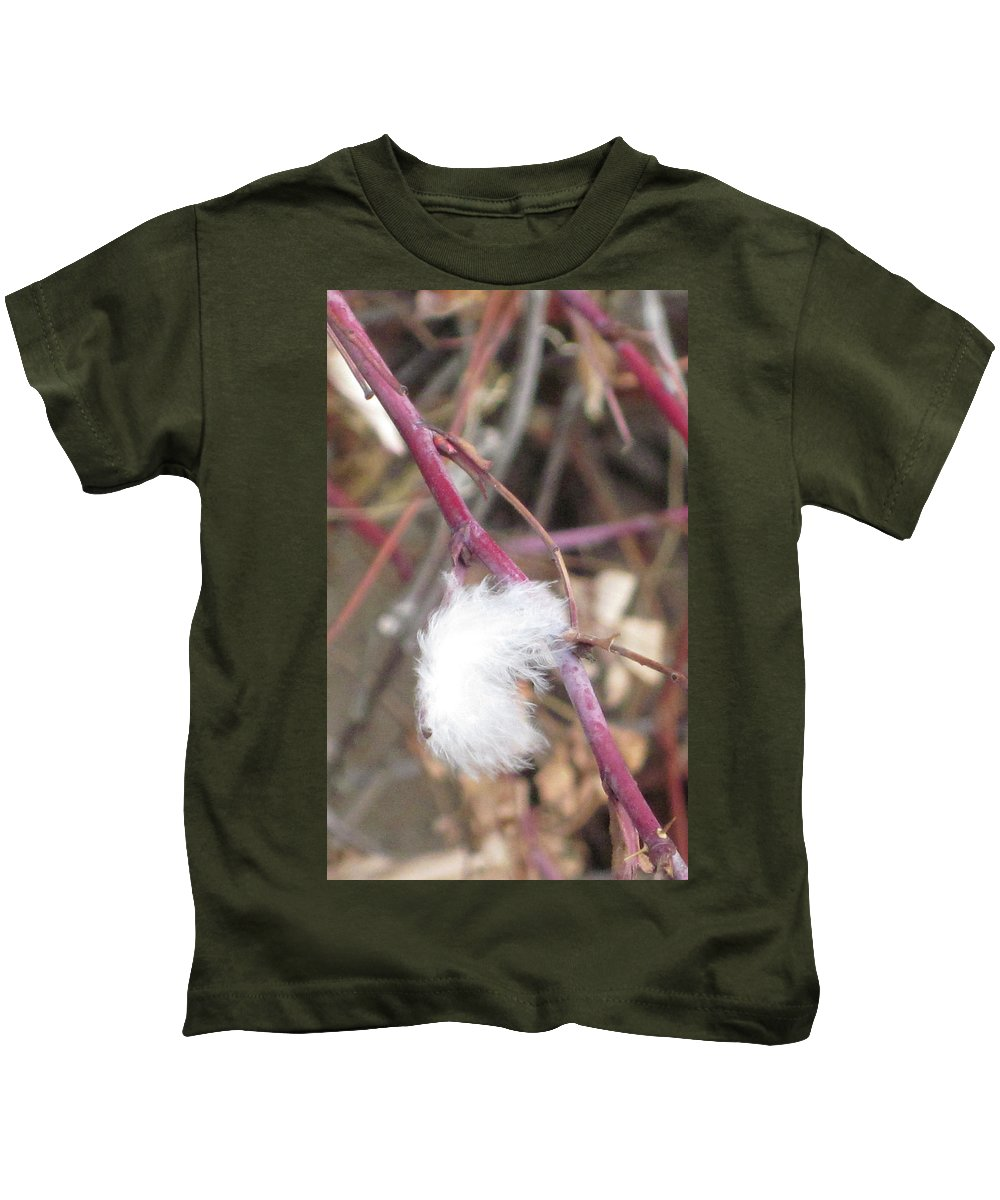 Feather Kids T-Shirt featuring the photograph Stuck by Angus Hooper Iii