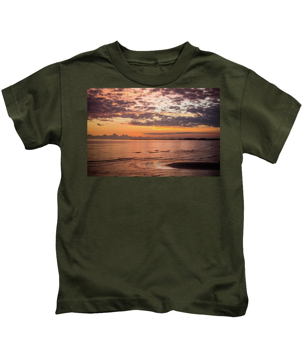 Outer Banks Kids T-Shirt featuring the photograph Sunrise On The Shore by Paula OMalley