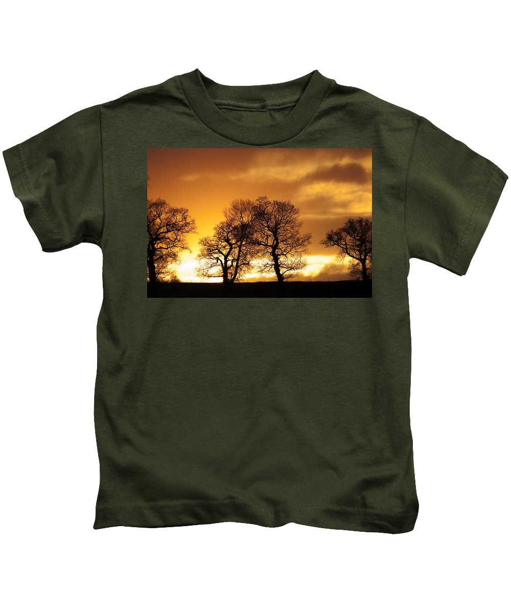 Sunset Kids T-Shirt featuring the photograph Sunset At Redhill by Bob Kemp