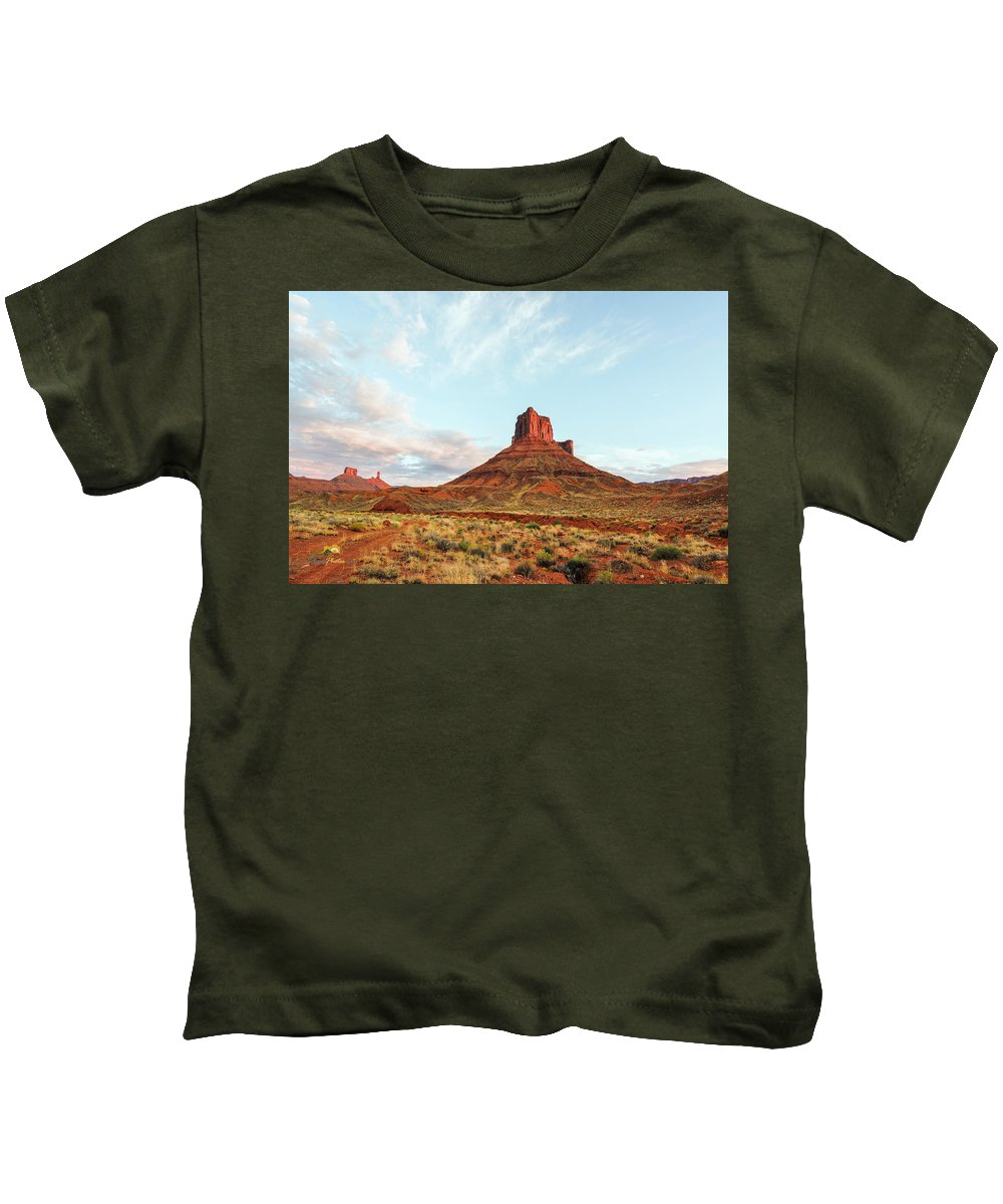 Brush Kids T-Shirt featuring the photograph Sunset At The Castleton Tower by Jim Thompson