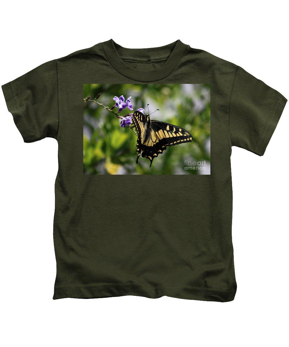 Swallowtail Butterfly Kids T-Shirt featuring the photograph Swallowtail Butterfly 2 by Carol Groenen