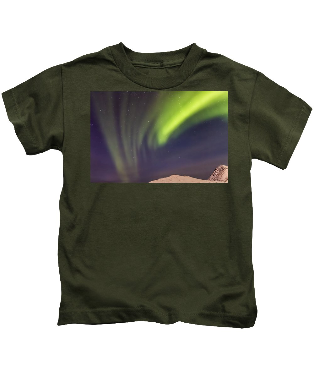 Norway Kids T-Shirt featuring the photograph Sweeping Aurora 8286 by Karen Celella