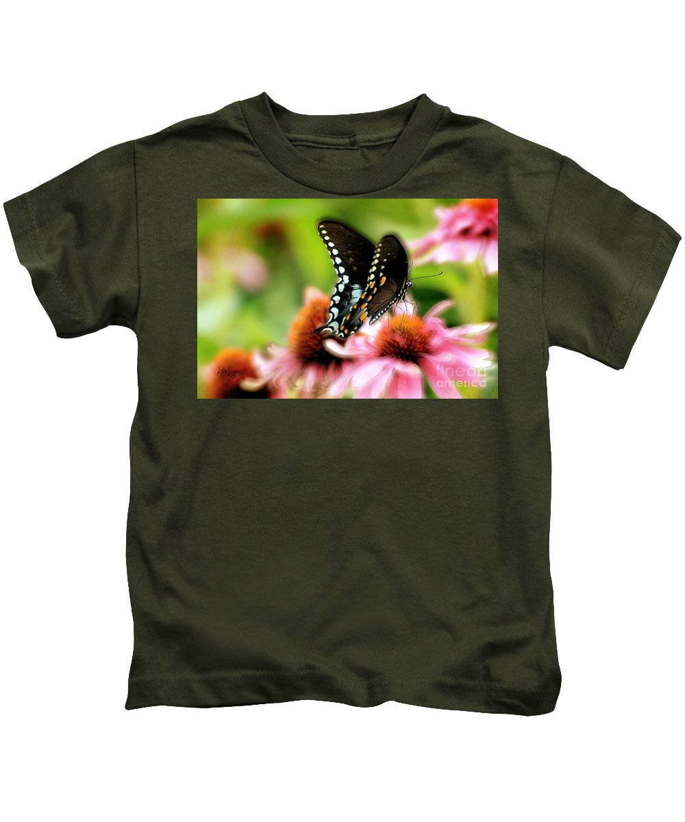 Nature Kids T-Shirt featuring the photograph Tasty by Lois Bryan