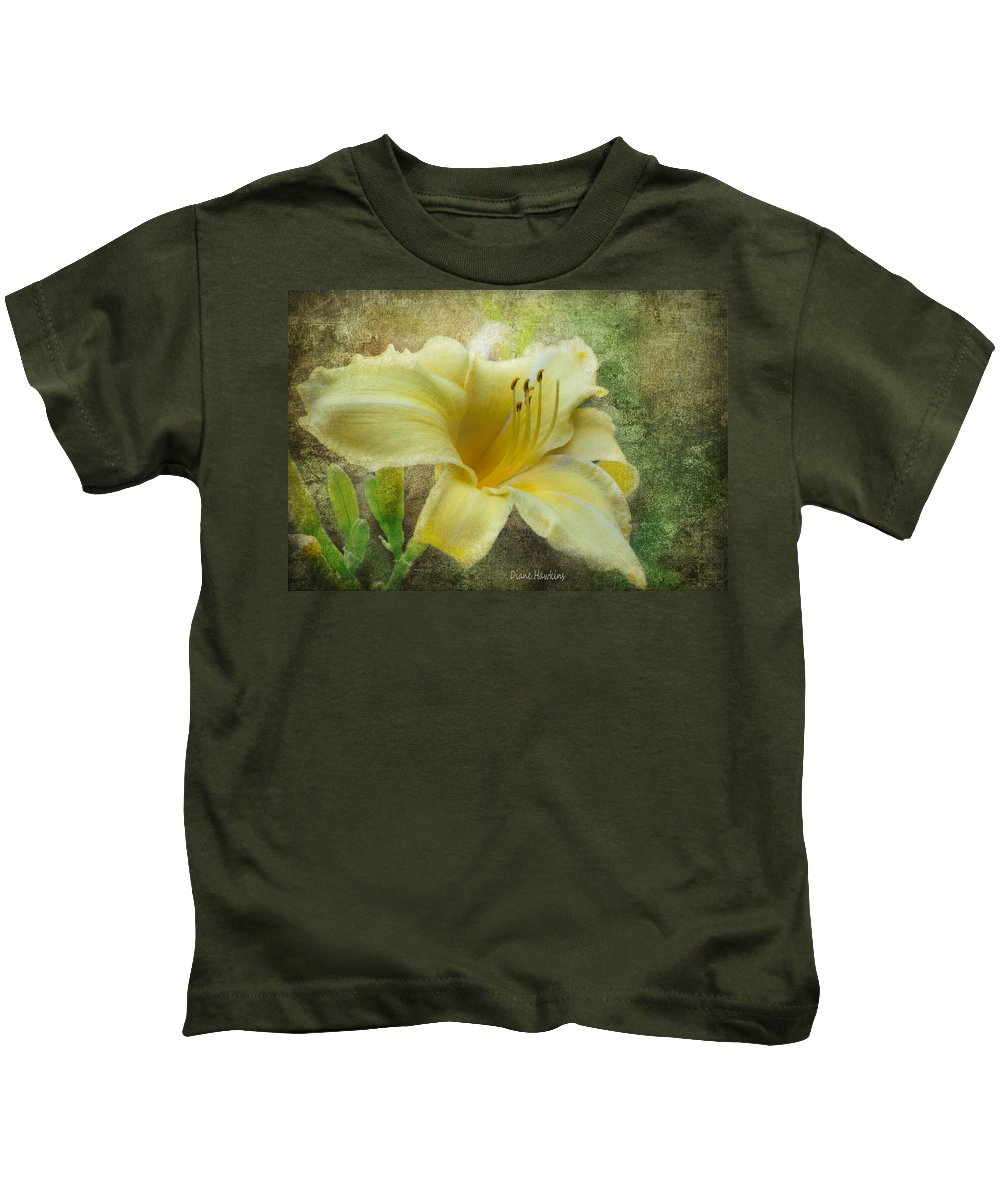 Flowers Kids T-Shirt featuring the photograph Textured Daylily by Diane Hawkins