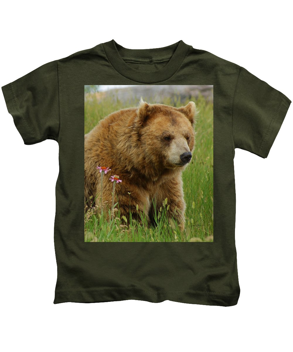 Bear Kids T-Shirt featuring the mixed media The Bear 1 Dry Brushed by Ernie Echols