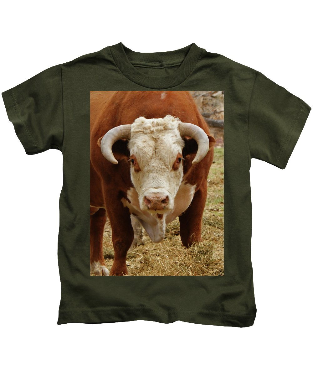 Bulls Kids T-Shirt featuring the photograph The Challenge by Ernie Echols