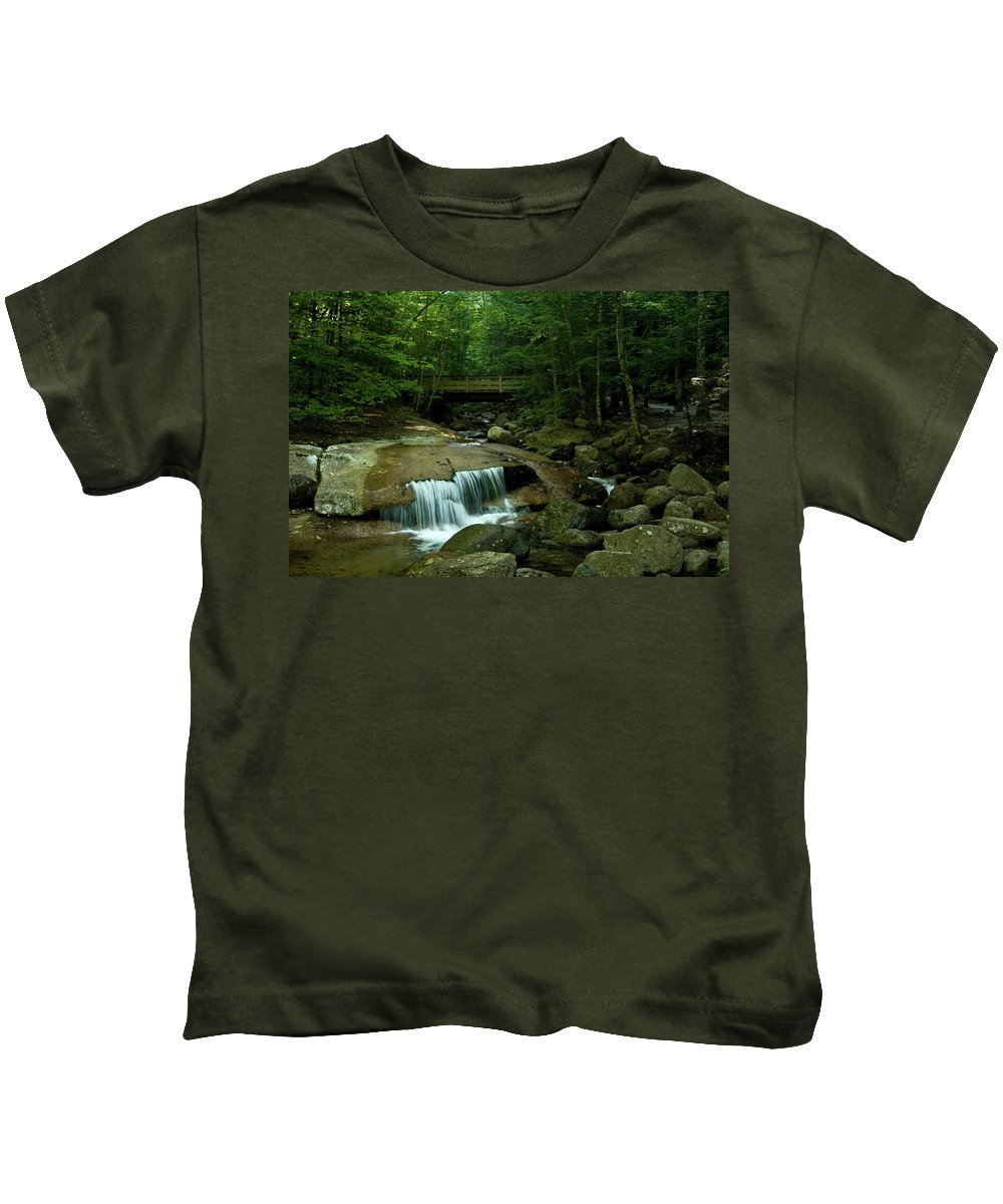flume Gorge Kids T-Shirt featuring the photograph The Flume Gorge Trail by Paul Mangold