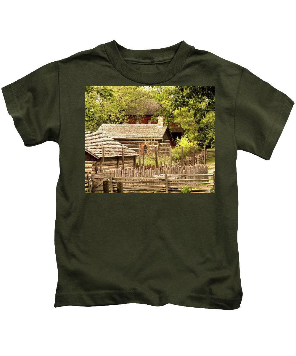 Log Cabins Kids T-Shirt featuring the photograph The Homestead by Ian MacDonald