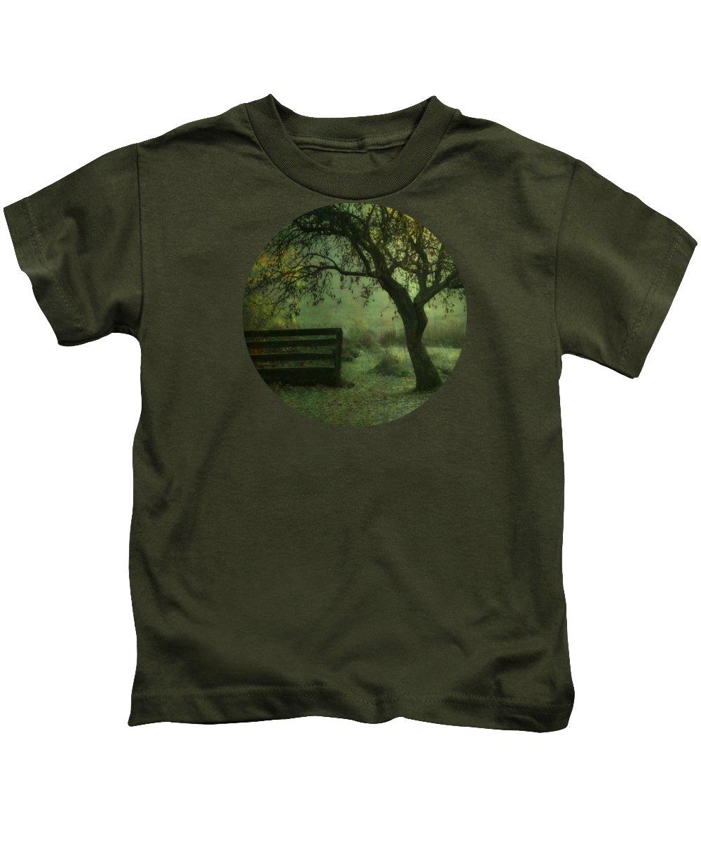 Log Cabin Photographs Kids T-Shirts