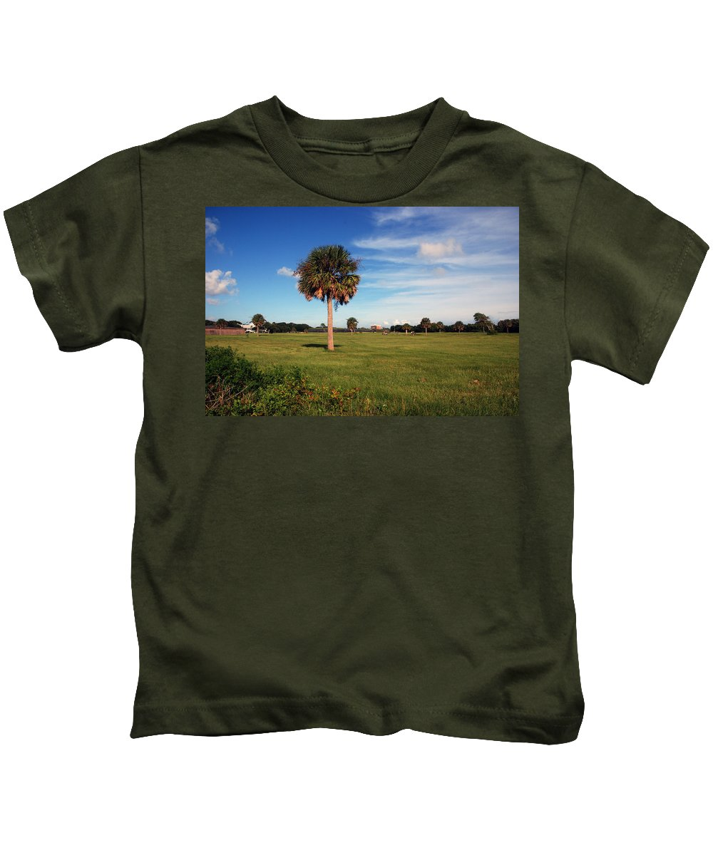 Photography Kids T-Shirt featuring the photograph The Palmetto Tree by Susanne Van Hulst