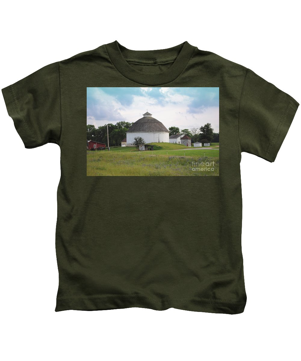 Round Kids T-Shirt featuring the photograph The Round Barn by Jost Houk