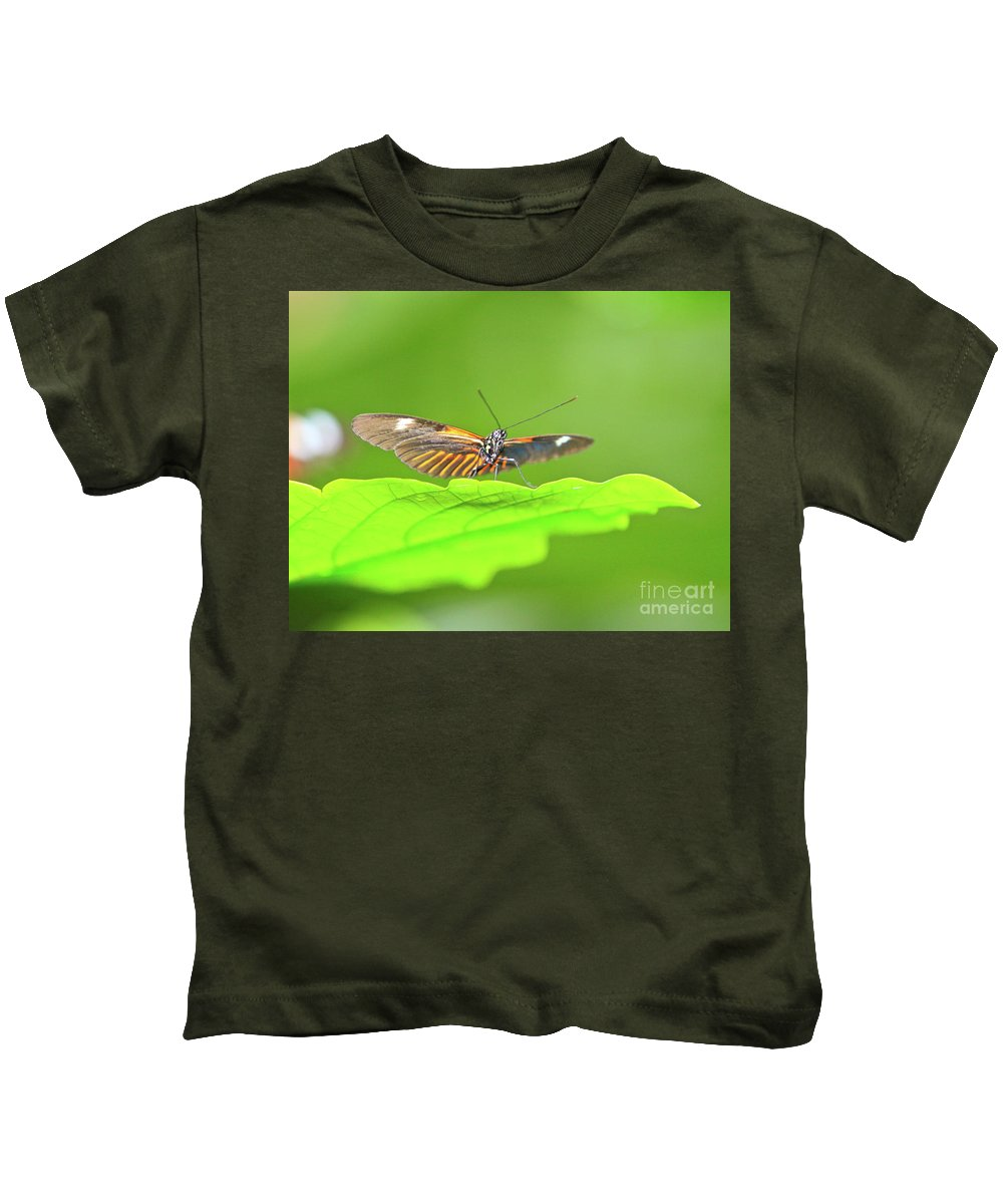 Insect Kids T-Shirt featuring the photograph The Stand Off by Robert Pearson