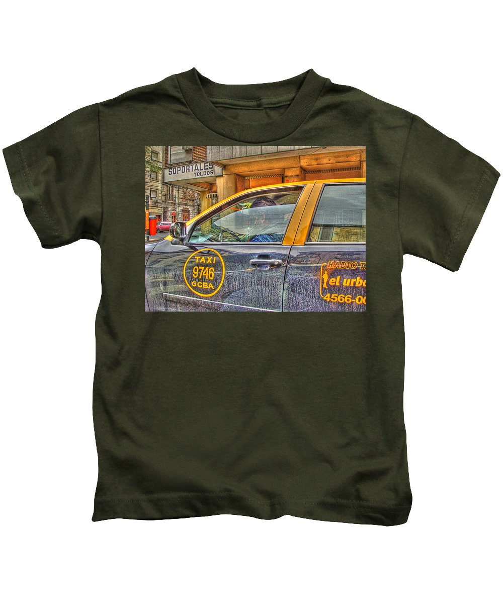 Taxi Kids T-Shirt featuring the photograph The Taxi by Francisco Colon