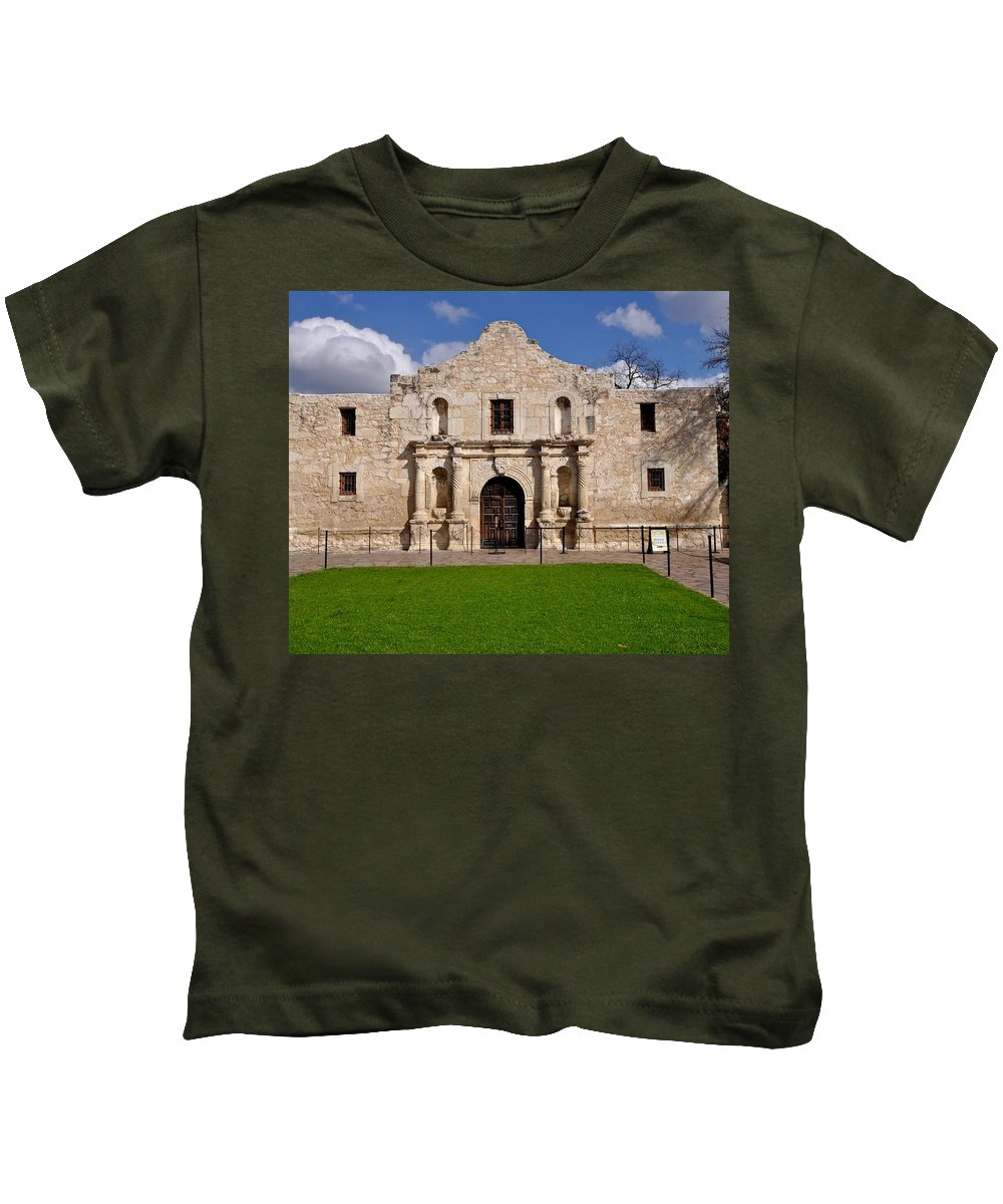Texas Kids T-Shirt featuring the photograph The Texas Alamo by Kristina Deane