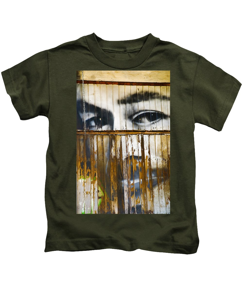Escondido Kids T-Shirt featuring the photograph The Walls Have Eyes by Skip Hunt