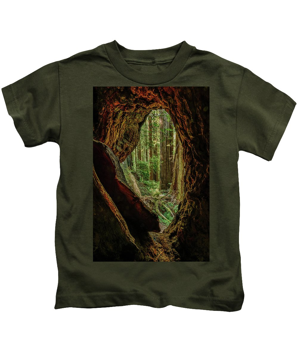 Charlie Choc Kids T-Shirt featuring the photograph Through The Knothole by Charlie Choc