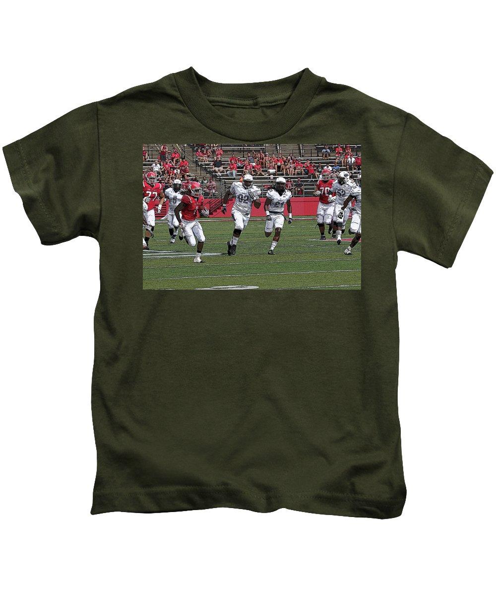 Rutgers Kids T-Shirt featuring the photograph Rutgers Touchdown - Janarion Grant by Allen Beatty