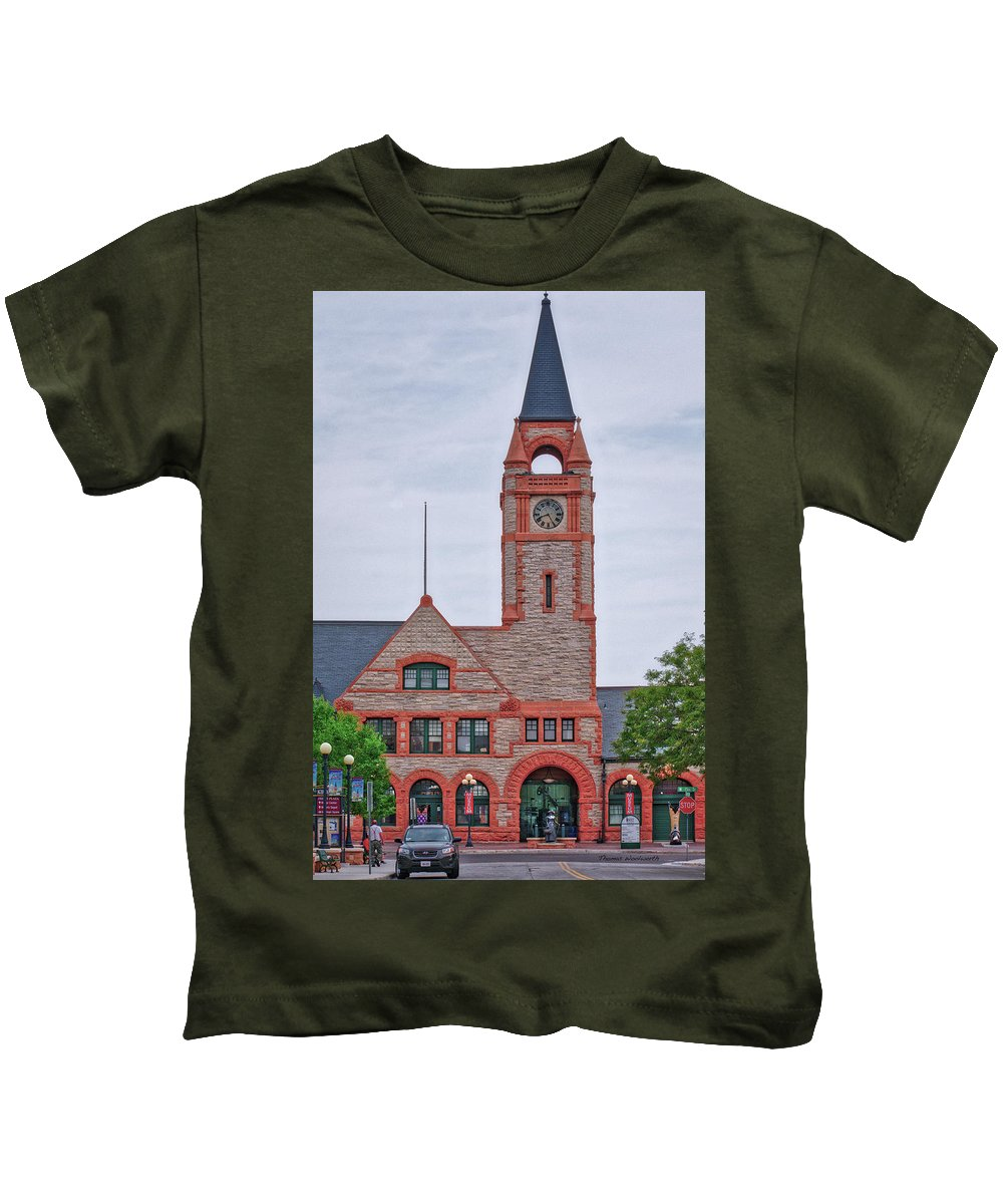 Union Pacific Railroad Kids T-Shirt featuring the photograph Union Pacific Railroad Depot Cheyenne Wyoming 01 by Thomas Woolworth