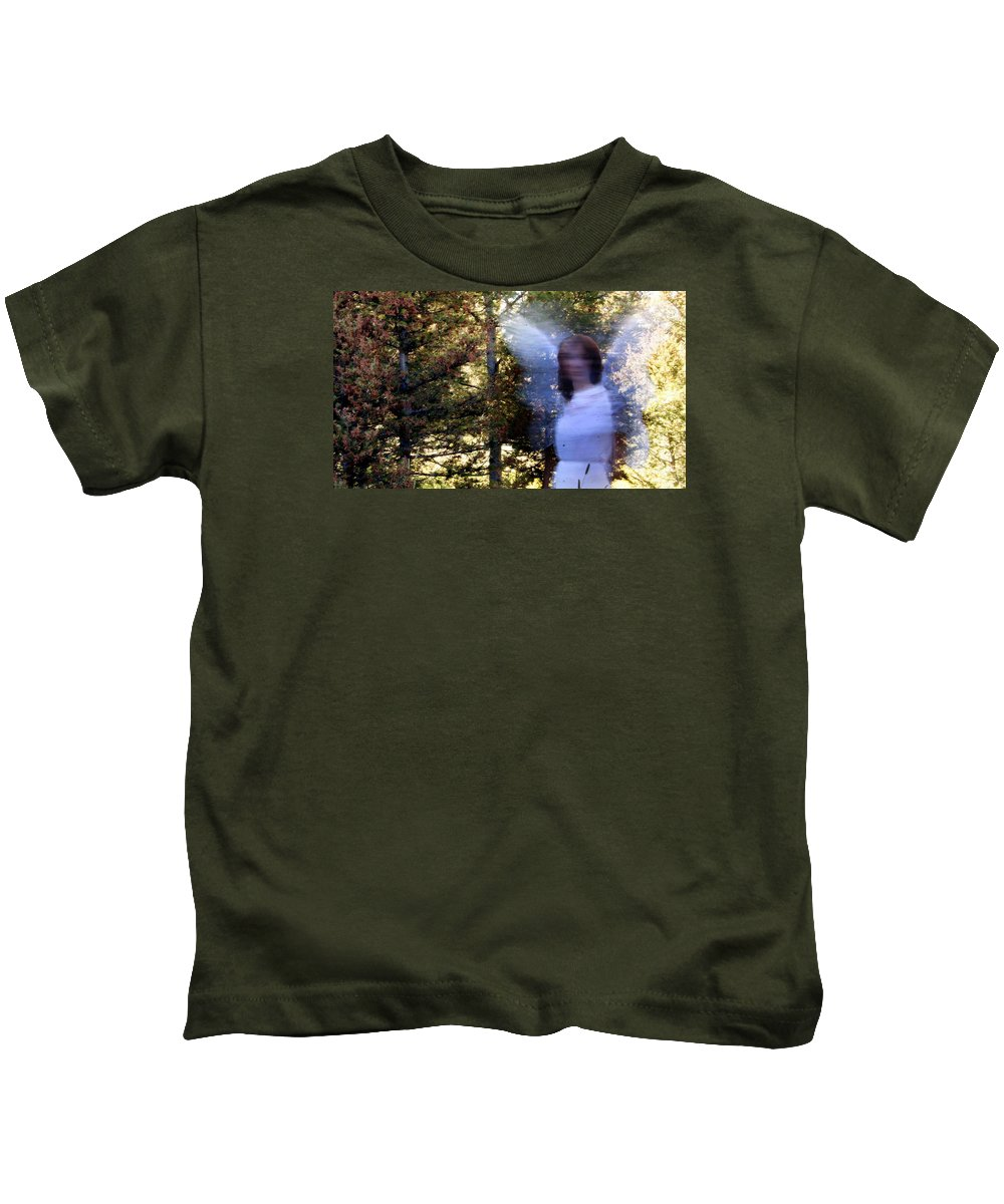 Kids T-Shirt featuring the photograph W5 by Terry Wiklund