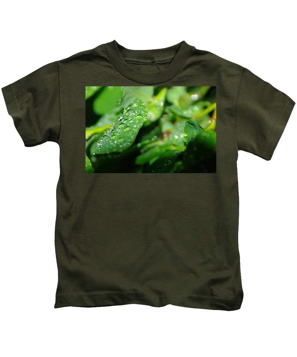 Water Drops Kids T-Shirt featuring the photograph Waterdrops by Jeff Swan