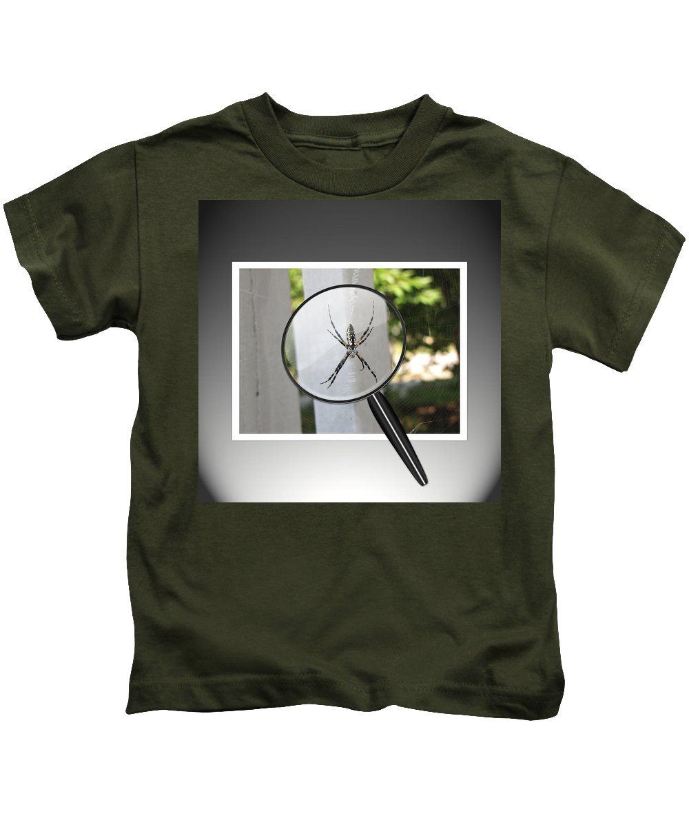 Spider Kids T-Shirt featuring the photograph What Big Eyes You Have by Gary Adkins