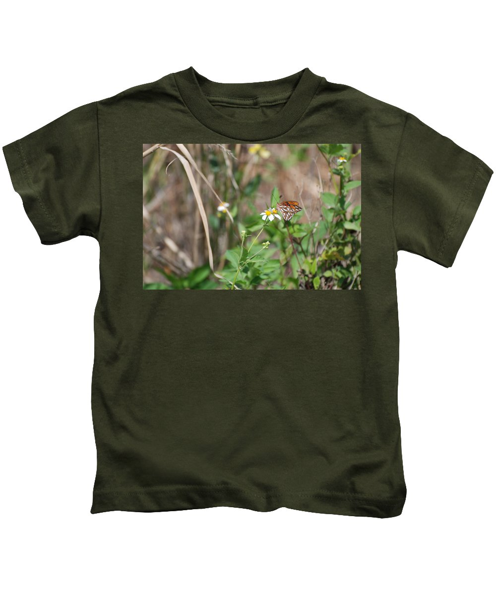 Butterfly Kids T-Shirt featuring the photograph White Butterfly by Rob Hans